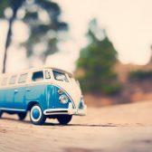 photo d'un van vintage miniature